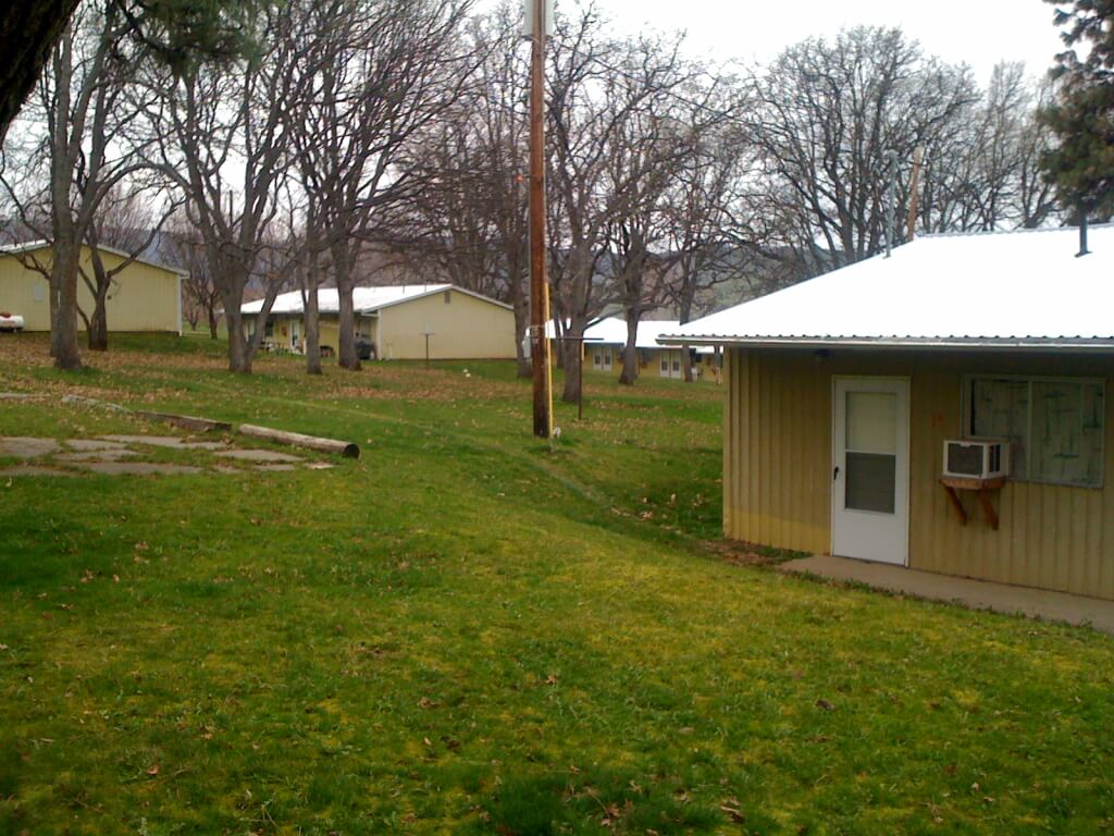 The main camp at Orchard View Farms